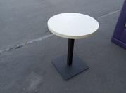 Столы б.у. для кафе с круглой столешницей.