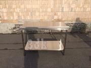 Разделочные столы с полкой